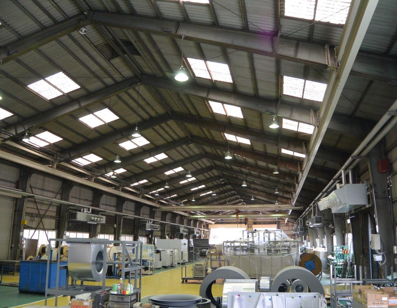冷温水式工場用ゾーン空調機 CRV2型 誘引パンカー付