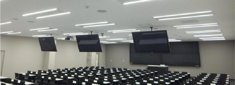 教室の天井放射空調(LED照明付き)