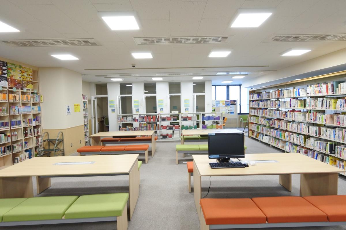 語学自習室を備える3階グローバルフロア