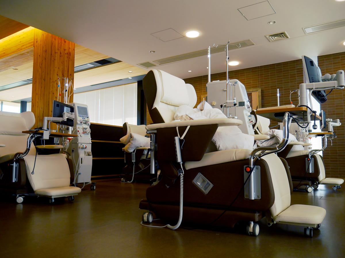 新柏クリニック 透析治療室 リクライニングチェアエリア
