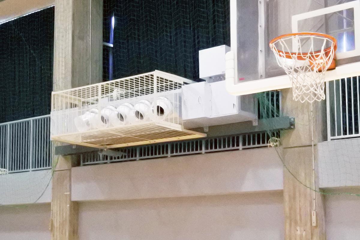工場用ゾーン空調機体育館設置例
